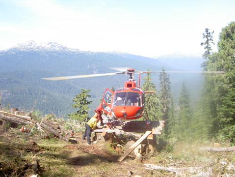 Firestorm team getting on helicopter