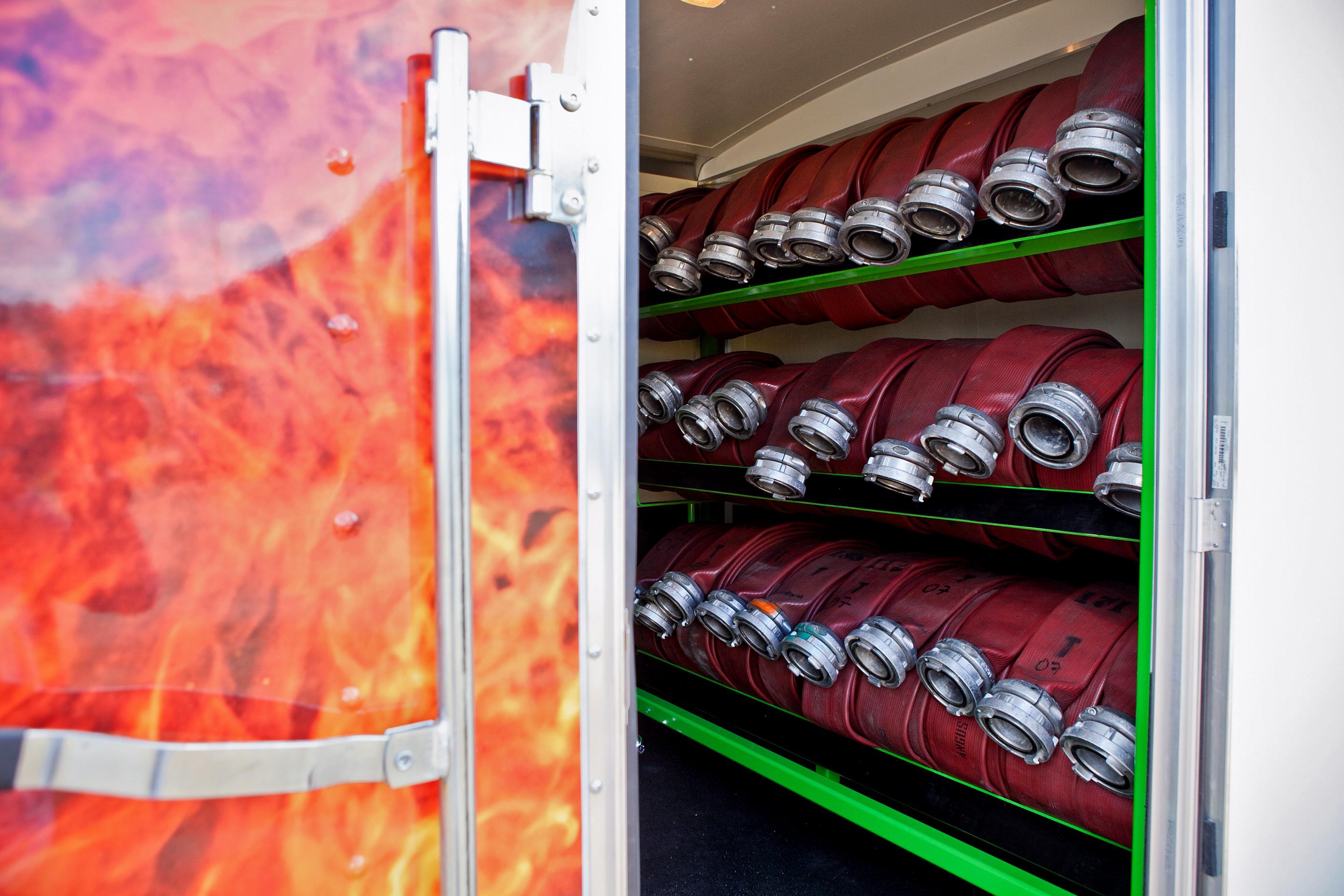 Hoses inside a SPIEDR trailer